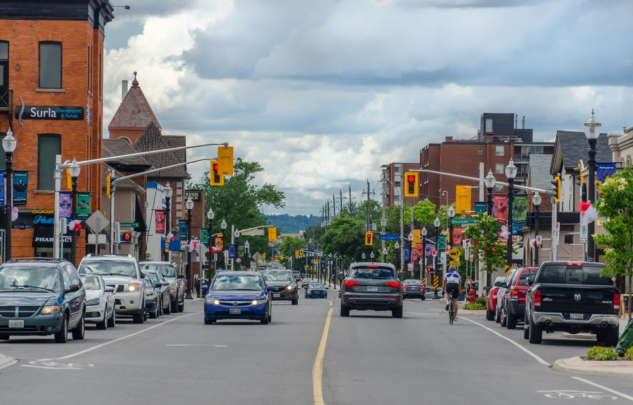 Stoney Creek streetscape