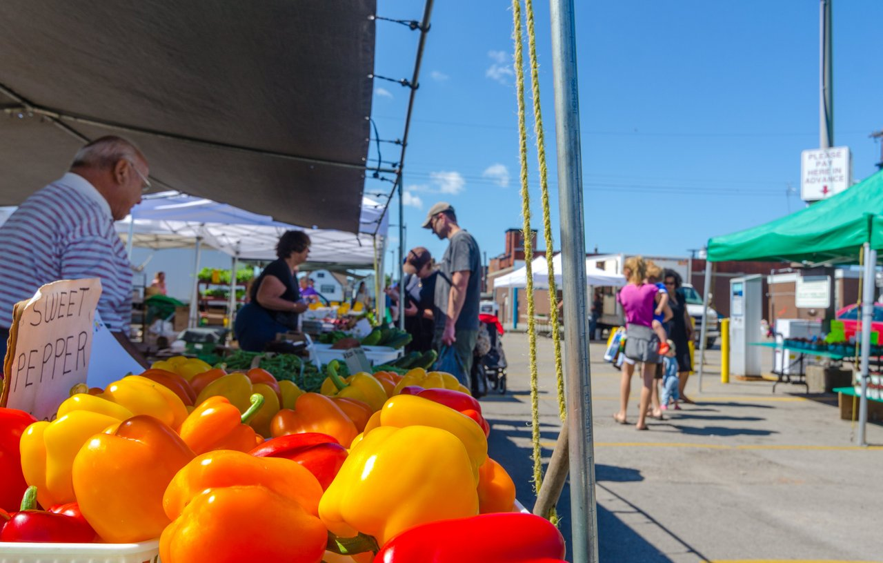 Ottawa farmer's market stalls