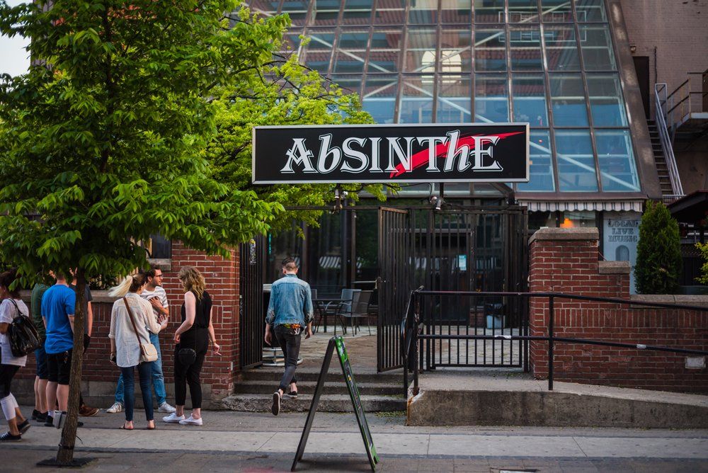 Crowd entering show at Club Absinthe