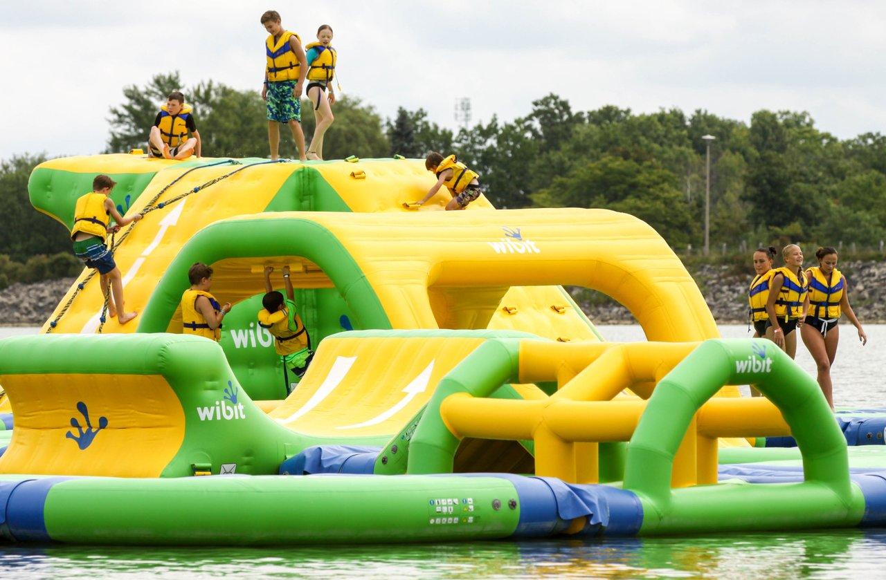 Funsplash floating island