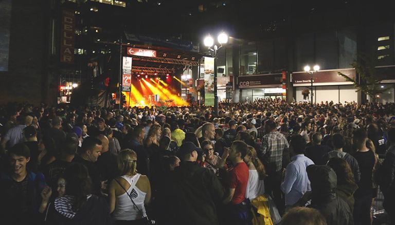 Supercrawl at night crowd