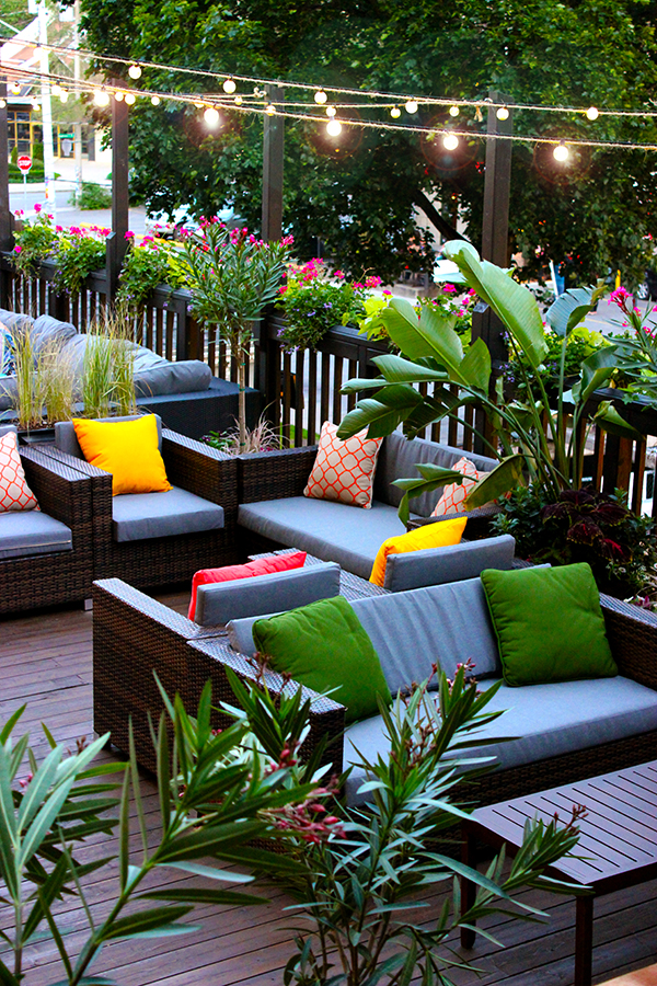 A Guide To Outdoor Patio Dining In Hamilton