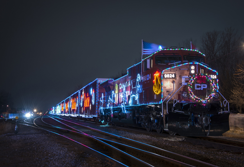 cp-holiday-train-2