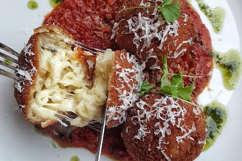 Culinary New and Notable - CimaEnoteca - Photo Courtesy of @TasteHamOnt